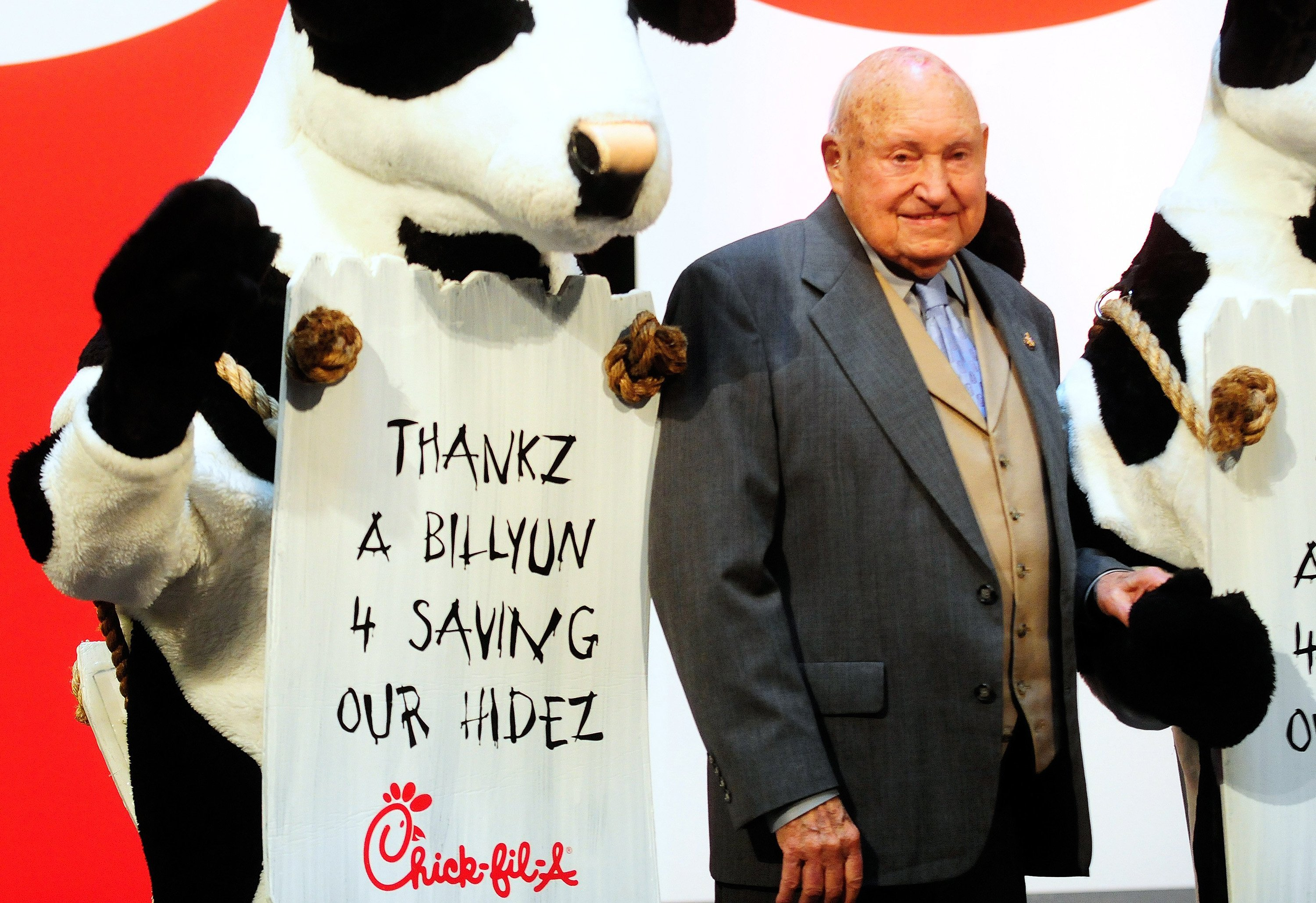 Leadership Lessons From Chick-fil-A Founder Truett Cathy